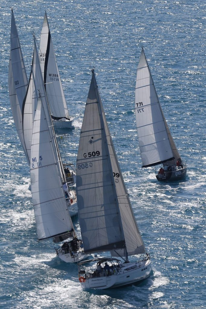 Non-Spinnaker division gets romping - Photo: Shirley Wodson